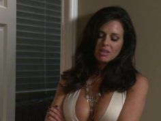 Slutty chicks Veronica Avluv, Mandy Armani can please pussies without a dildo