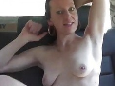 Czech MILF does BJ and gets pussy licking in Taxi