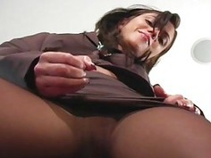 Frisky chick exposes butt upskirt and fur pie lips